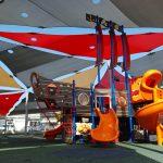גן משחקים ליד מקדונלס-ספינת פיראטים